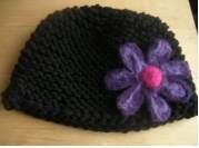 bonnet fleurs carré