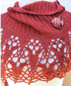 Chauffe-épaules au crochet, col écharpe