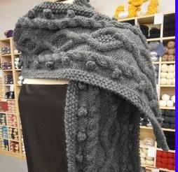 Tricoter une écharpe au point irlandais