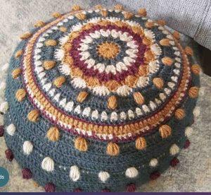 tricoter un pouf au crochet