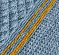 tricoter des couvertures bébé au point grille et sable