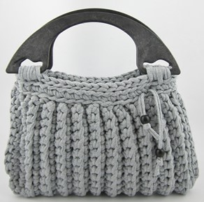 Le sac au crochet avec anses
