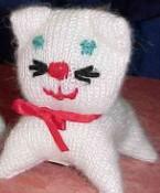 Tricoter un doudou chat